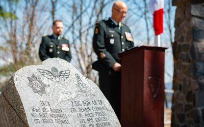 52e Service commémoratif annuel pour les parachutistes décédés